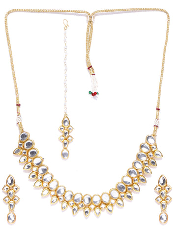 Karatcart Green Gold-Plated Handcrafted Kundan Stone-Studded Choker Jewellery Set for Women