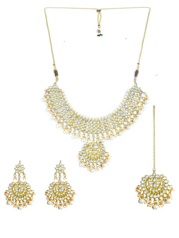 Karatcart 22K GoldPlated Partywear Traditional Kundan Pearl Choker Jewellery Set for Women