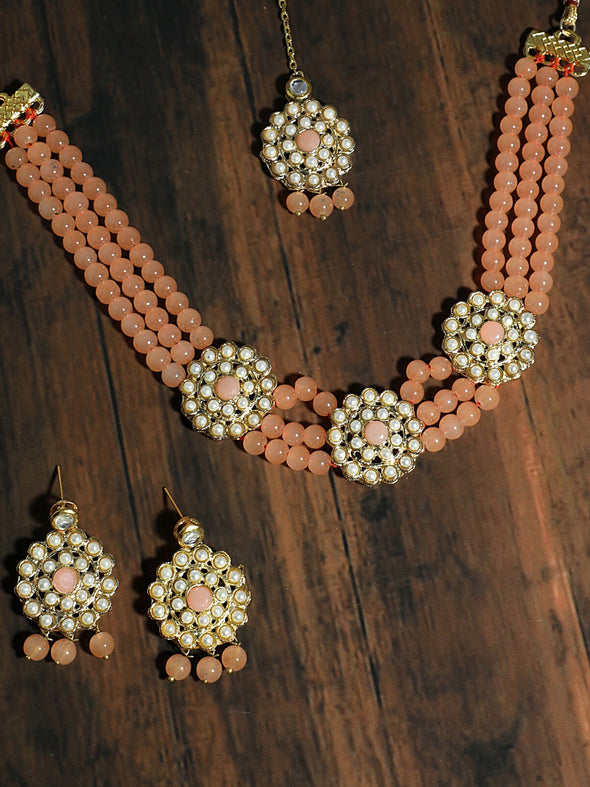 Kundan Peach Beaded Choker Necklace Set with Earrings and Maangtikka