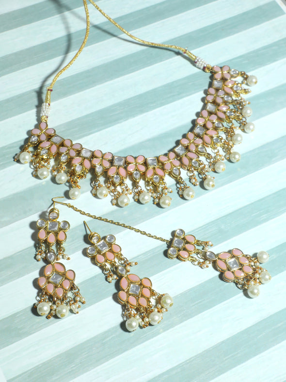 Kundan Peach Necklace Set with Earrings and Maangtikka