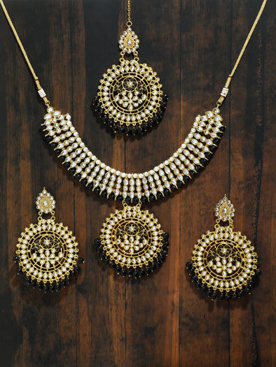 Kundan Gold and Black Necklace Set with Earrings and Maangtikka