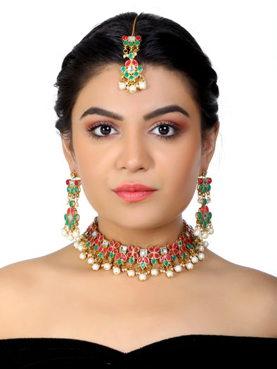 Kundan Pink and Green Choker Necklace Set with Earrings and Maangtikka