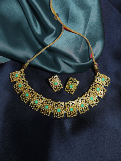 Kundan Green Jadau Embellished Choker Necklace Set with Earrings