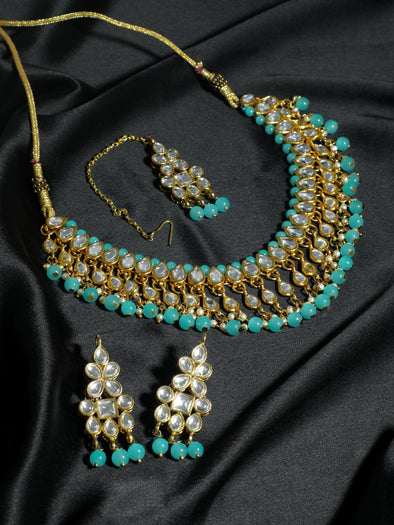 Kundan Mint Blue Necklace Set with Earrings and Maangtikka