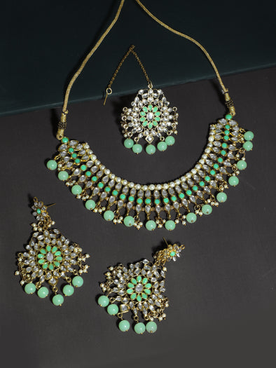 Kundan Mint Green Choker Necklace Set with Earrings and Maangtikka