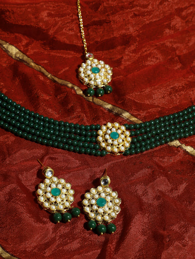 Kundan Dark Green Beaded Choker Necklace Set with Earrings and Maangtikka