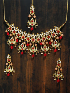 Kundan Peach and Red Choker Necklace Set with Earrings and Maangtikka