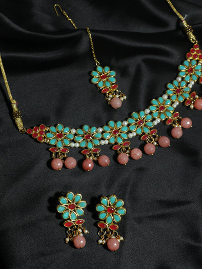 Kundan Multi Choker Necklace Set with Earrings and Maangtikka