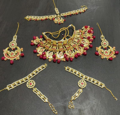 Ruby and Peach Stones Kundan Choker Gold Plated Bridal Necklace Set with Chandbali Earrings, Mathapatti and Hathphool