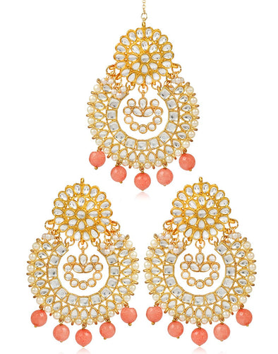 Karatcart GoldPlated Kundan Chandbali Earrings with Maangtikka