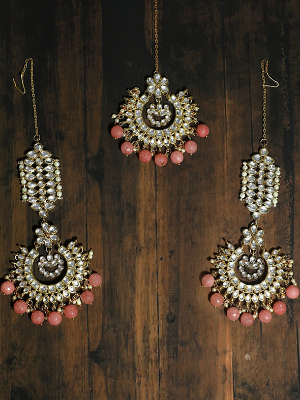 Kundan Peach Drop Kaanchain Earrings with Maangtikka
