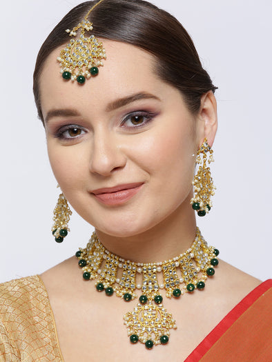 Kunuz Kundan Choker Green Necklace with Earrings and Maangtikka