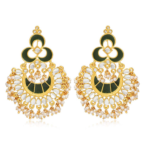 karatcart Fashion Gold Plated Antique Metal Chandbali Hook Dangler Earrings with Maang-Tikka