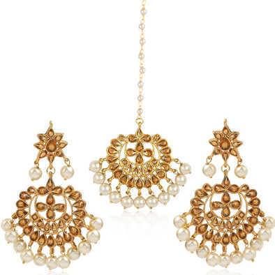 Golden Kundan Chandbali Earrings with Maangtikka