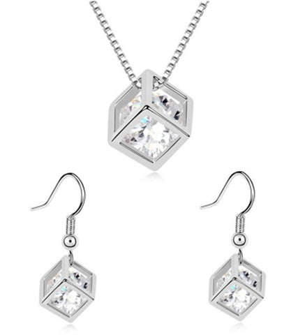 Karatcart Geometric Cube Shaped Zinc Jewel Set