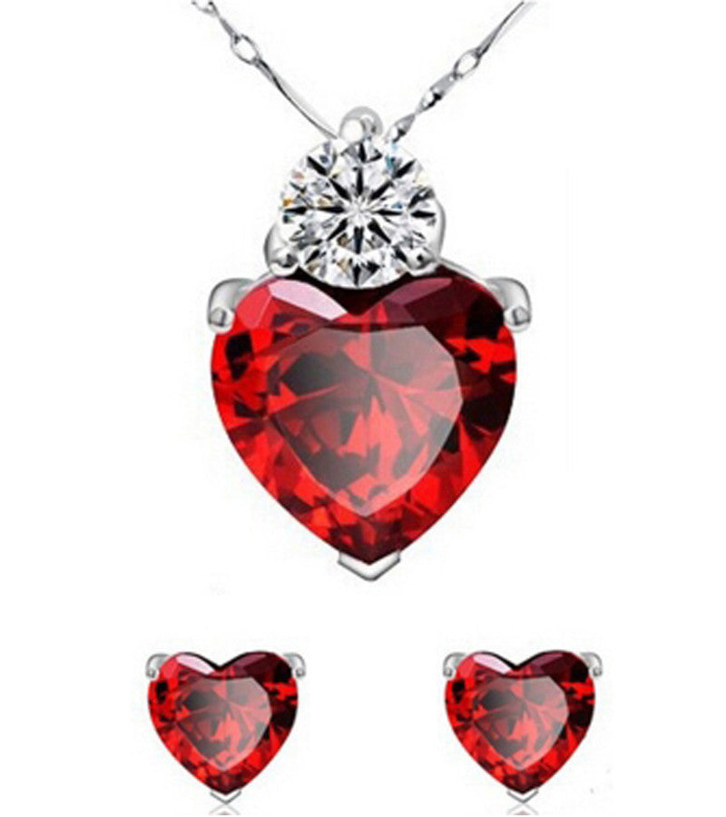 Karatcart Heart Shaped Metal Pendant Set