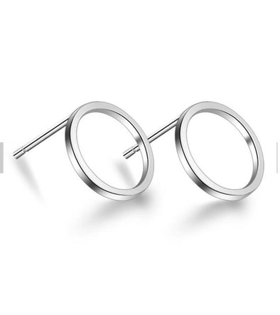 Karatcart Platinum Plated Circle Shaped Stud Earrings  By Karatcart.com