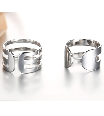 Platinum Plated Elegant Parallel Shanks Couple Adjustable Band Ring
