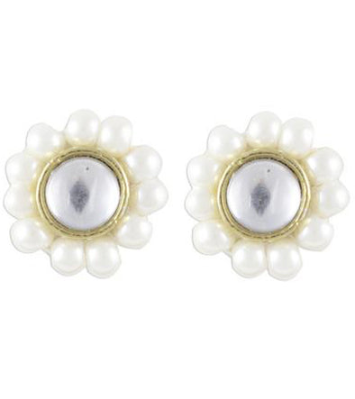 Karatcart Green Beads Stud Earrings  (White)