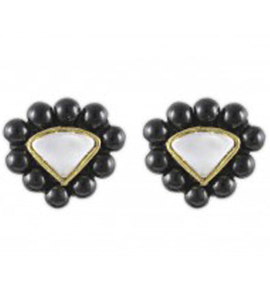 Karatcart Triangle Black Beads Stud Earrings
