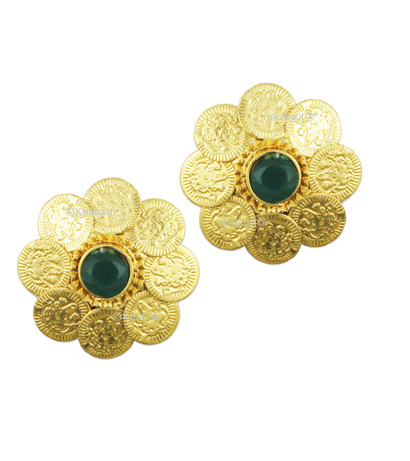 Karatcart 24K GoldPlated Flower Shaped Stud Earring Set