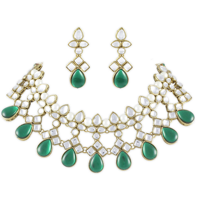 Victoria Kundan and Pearl Necklace Set