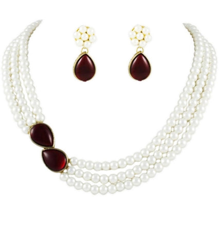 Grace Kundan and Pearl Necklace Set by Karatcart