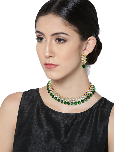Karatcart Green Gold-Plated Handcrafted Kundan Stone-Studded Multistrand Jewellery Set for Women