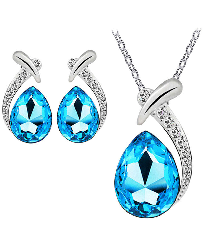 Karatcart Platinum Plated Elegant Austrian Crystal Blue Oval Shaped Pendant Set For Women