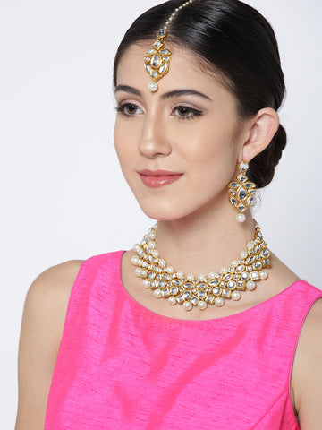 Karatcart Off-White Gold-Plated Kundan-Studded Handcrafted Jewellery Set