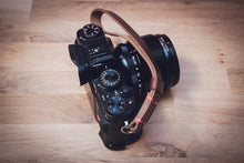 Load image into Gallery viewer, ODYSSEY Leather Wrist Strap