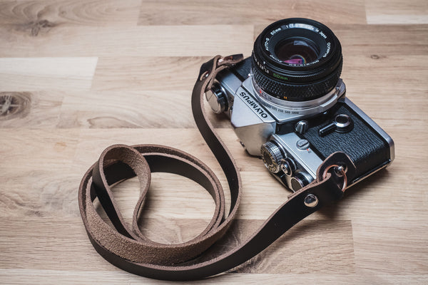The Vantage HL Wide Leather Camera Strap