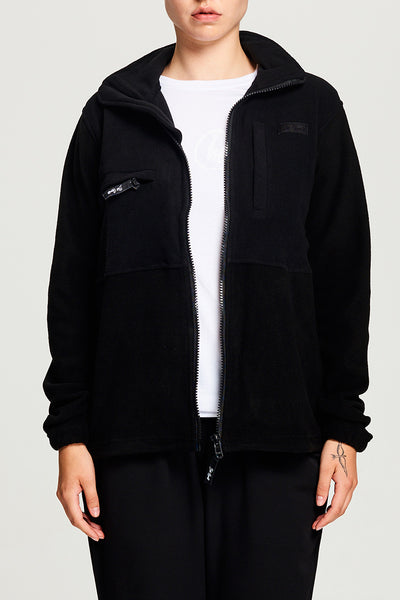 BIBI CHEMNITZ Polar Fleece Jacket in black. Four pockets perfect for travel
