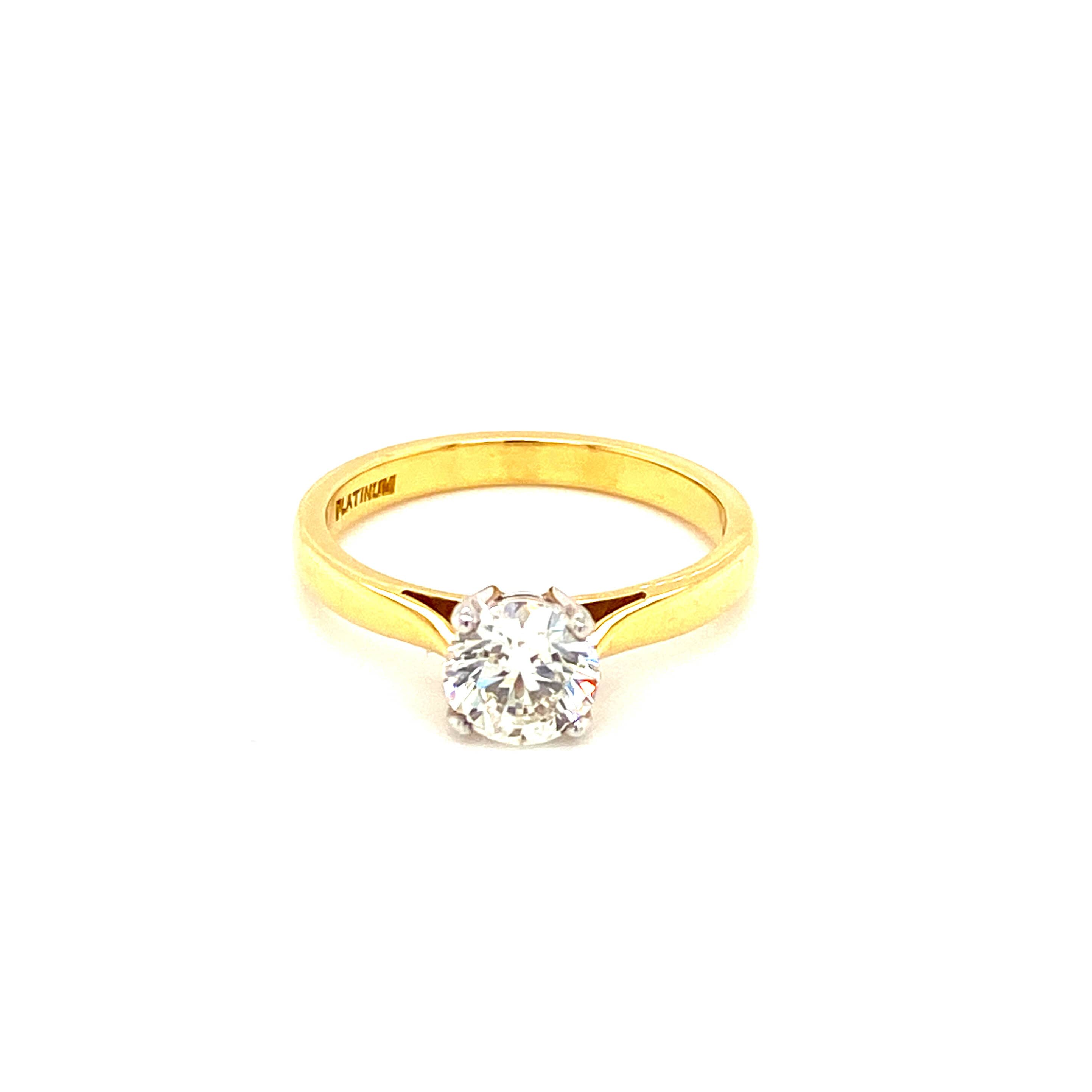 18ct Yellow Gold Certified Brilliant Cut Ring
