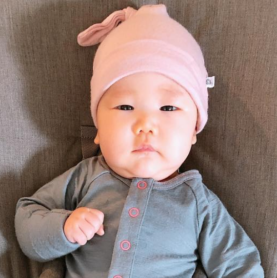 Aroha Baby Hat in Misty Rose