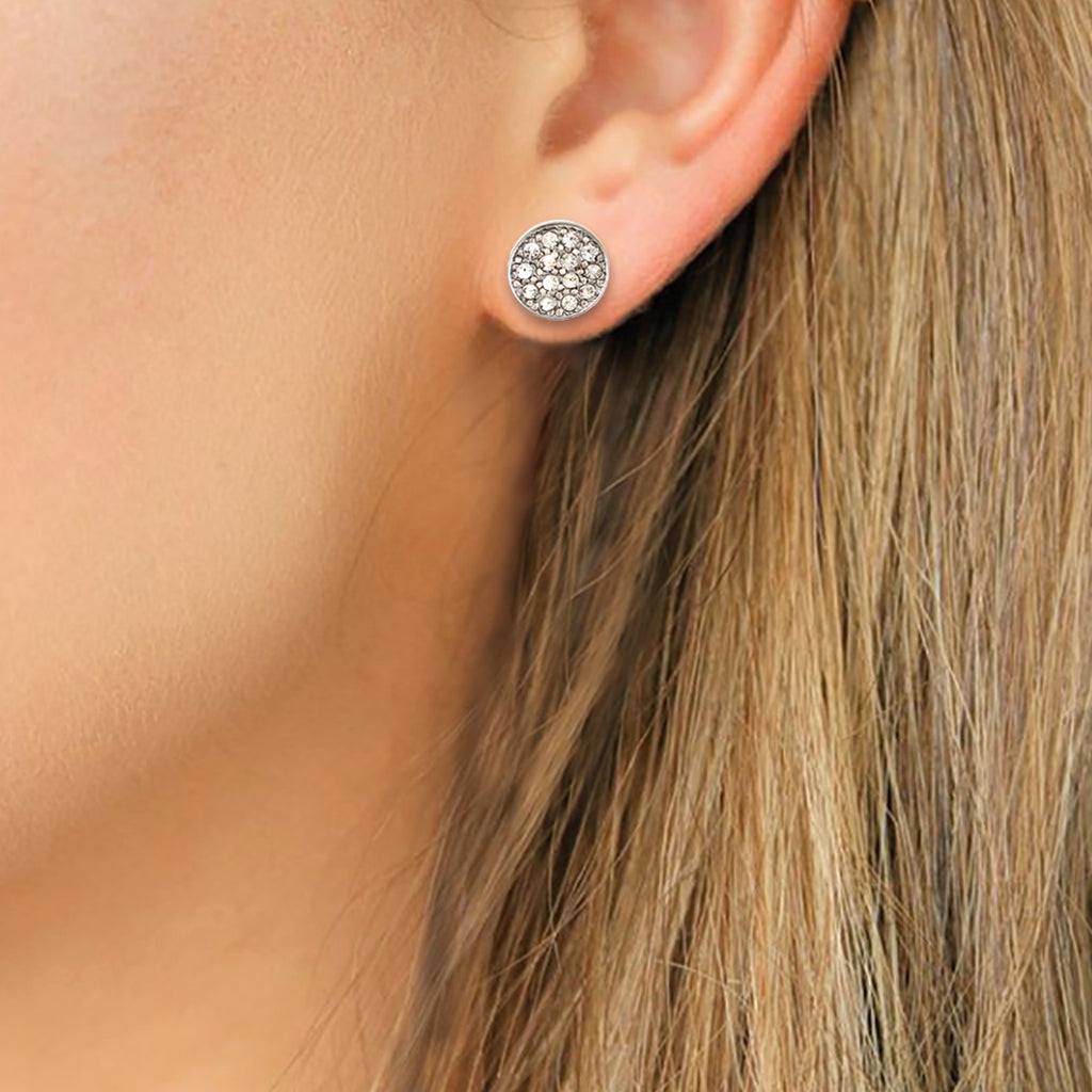 Cluster cubic studs