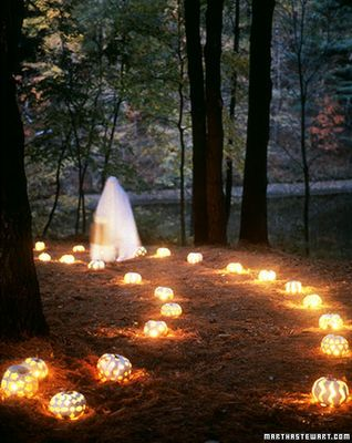 glowing cookie cutter pumpkins tristartents.com 10 awesome outdoor halloween party ideas