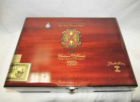 Fuente OPUS X Empty Box