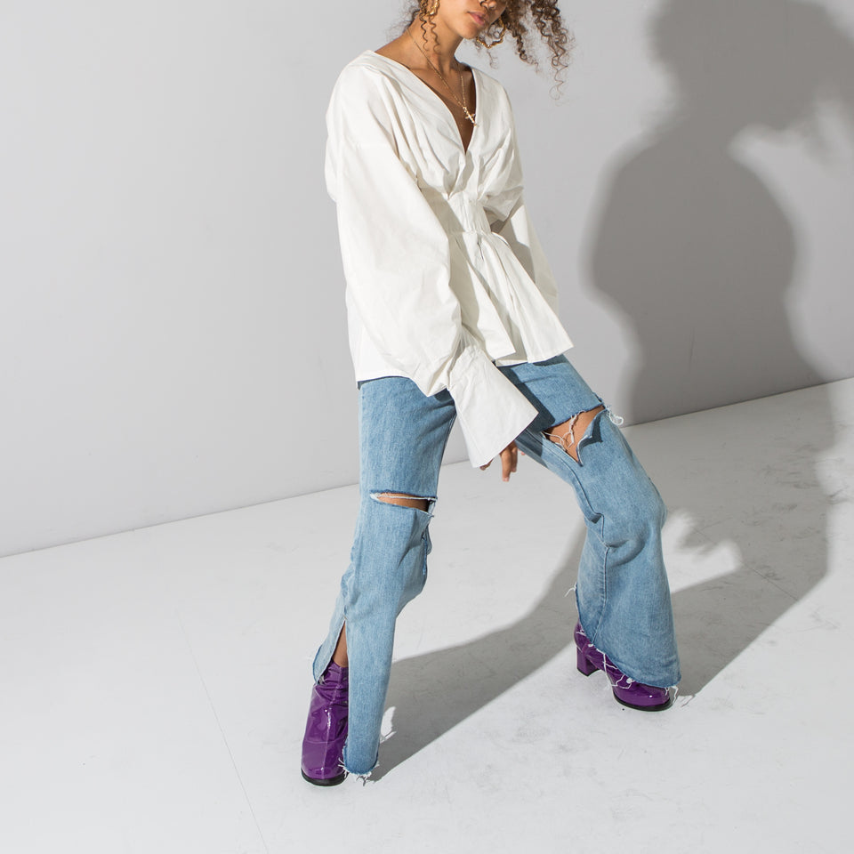 Lightwash Flared Jeans*