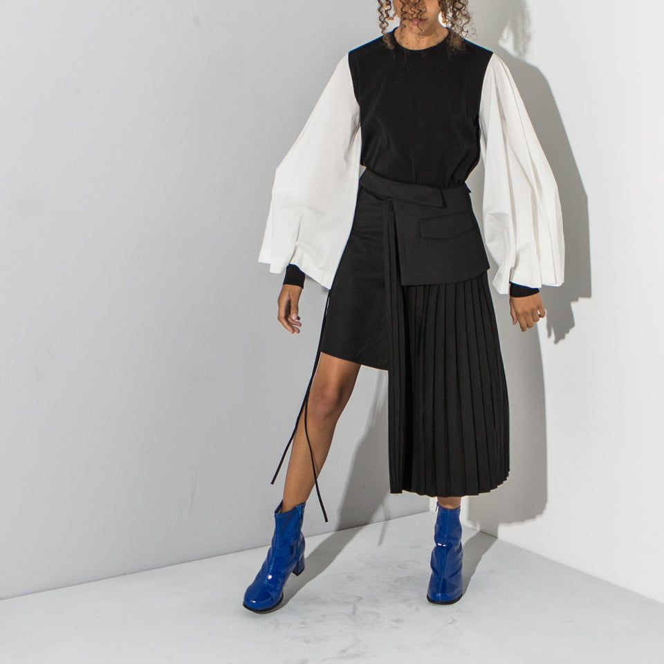 Black Asymmetric Pleated Skirt*