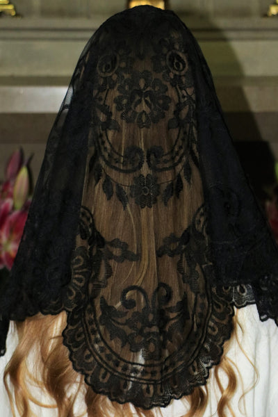 Spanish Black Mantilla - Di Clara Catholic Vestments and Gifts