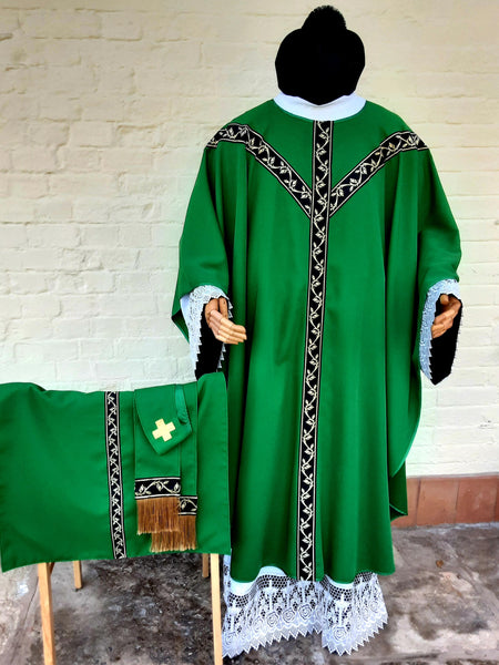 Green daily Mass set