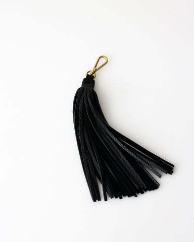 Tassel Charm | Eighties Pearl