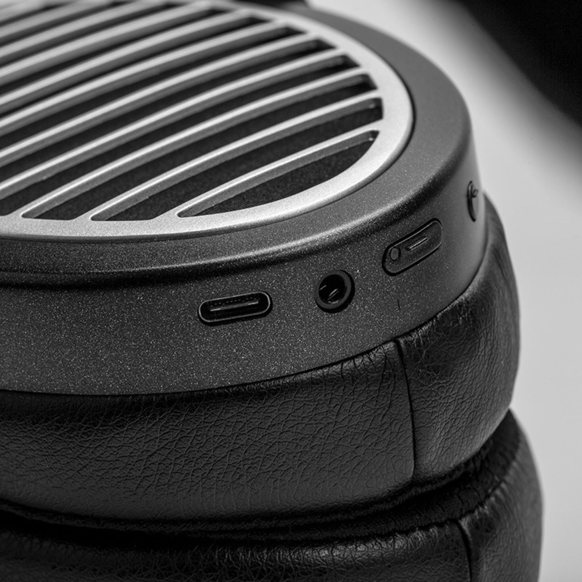 HIFIMAN Ananda-BT - Gears For Ears
