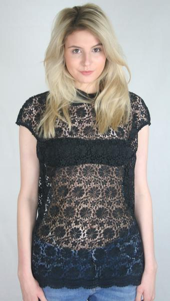 black lace collar tee