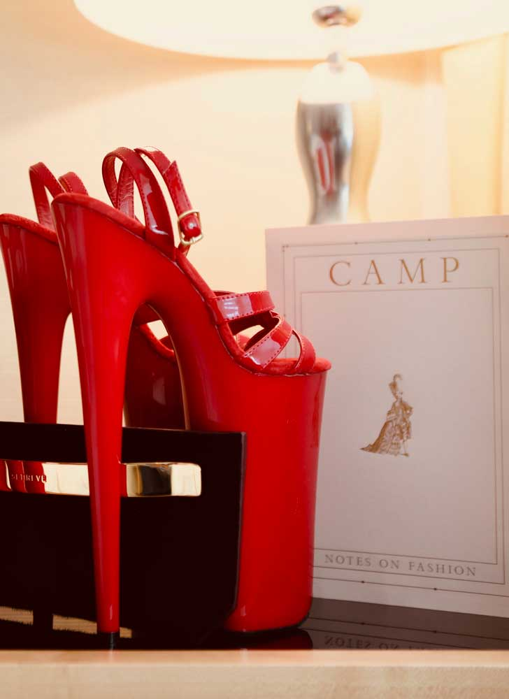 Heels with red carpet clutch and invitation
