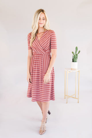 Stripped Midi Dress with Pockets