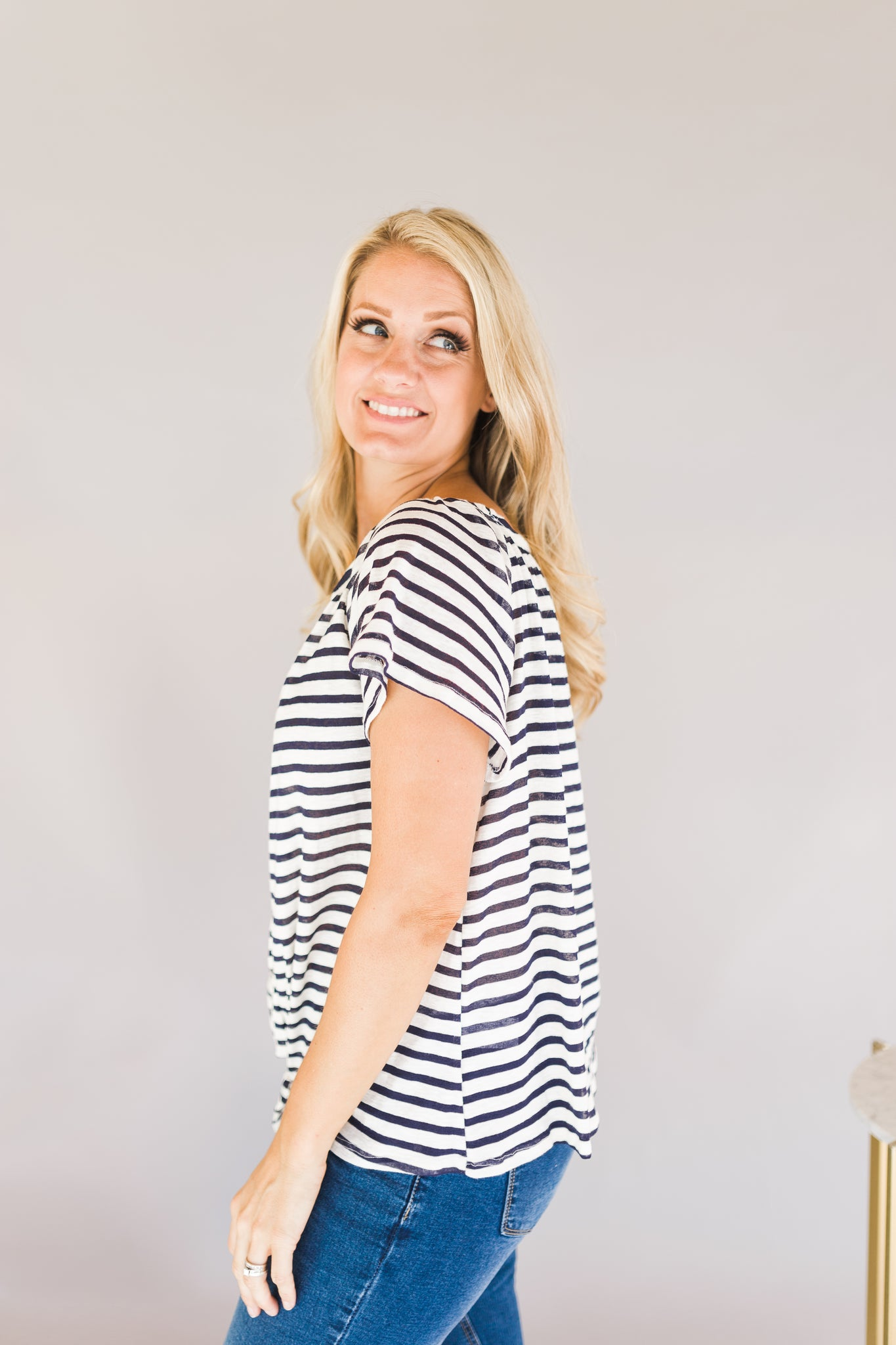 Stripped knotted Top
