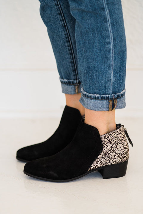 Matisse Poppy Booties in Black Suede