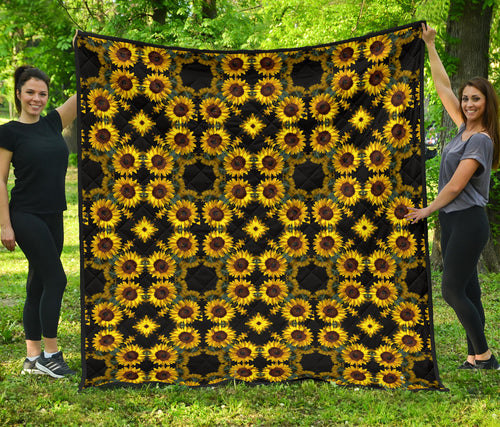 Sunflower/Mandala/Black/Quilt